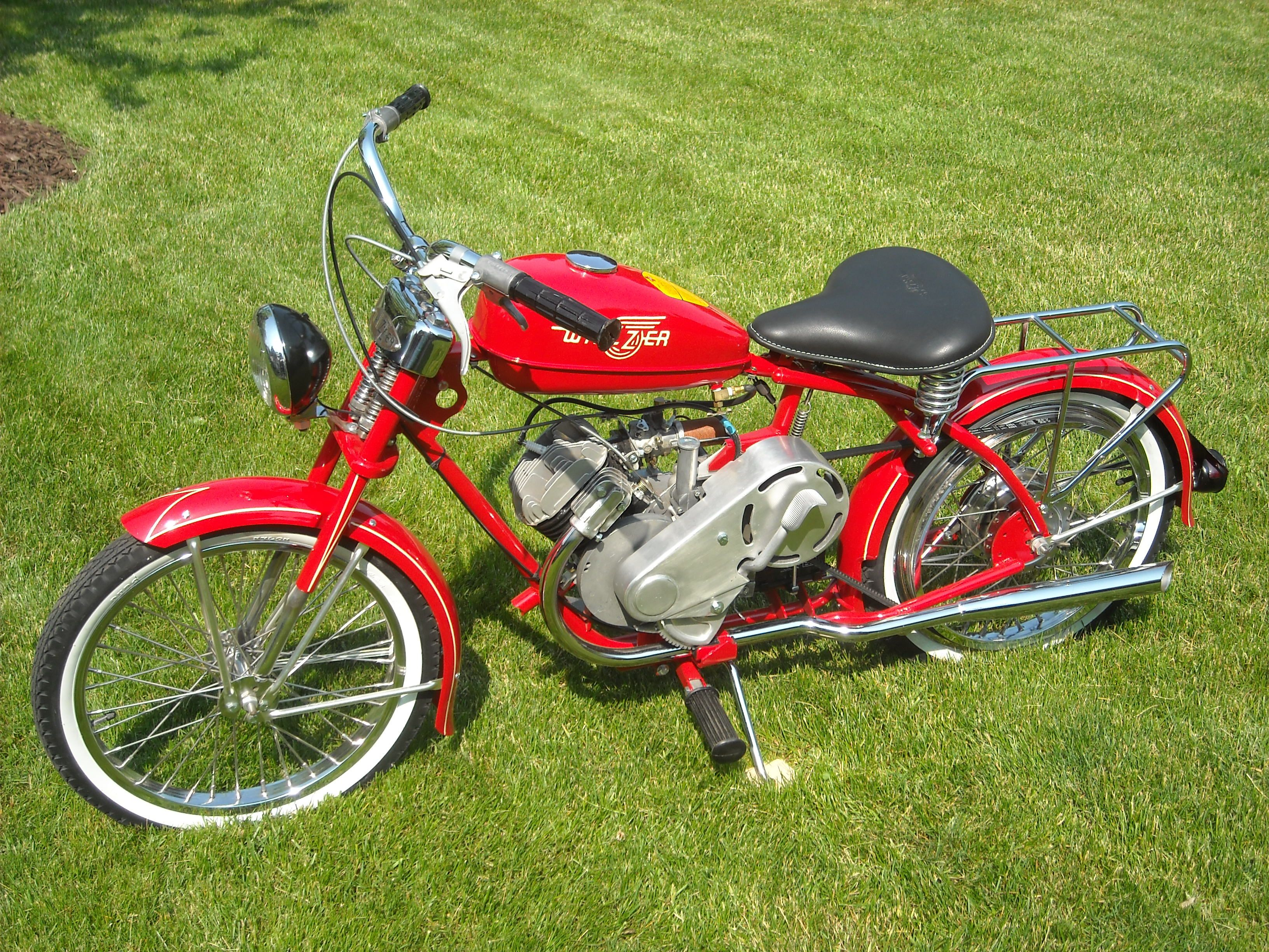 1952 Whizzer Sportsman 20 Wheels Wanted One Of These In High School Too Many Dollars Settled For A Mona Motorcycle Motorized Bicycle Classic Motorcycles