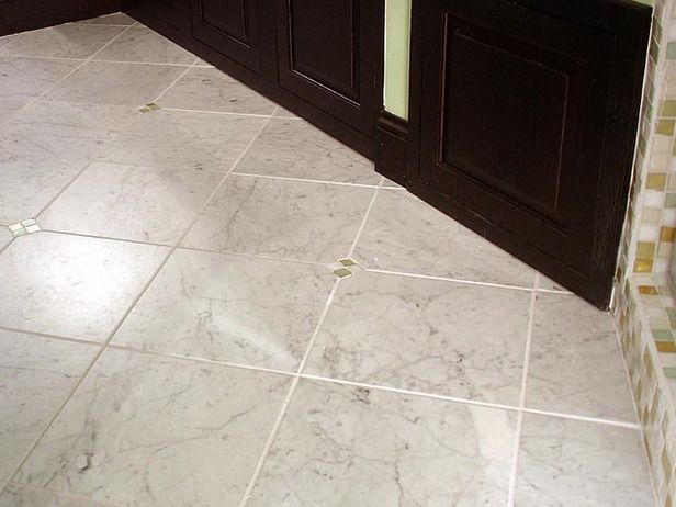 How To Lay Marble Tiles Diagonally Marble Tile Floor Patterned Floor Tiles Small Bathroom Tiles