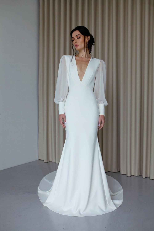 V Neck Long Sleeve Mermaid Wedding Dress Modern Open Back Etsy Long Sleeve Mermaid Wedding Dress Wedding Dress Sleeves Wedding Dress Long Sleeve [ 1500 x 1000 Pixel ]