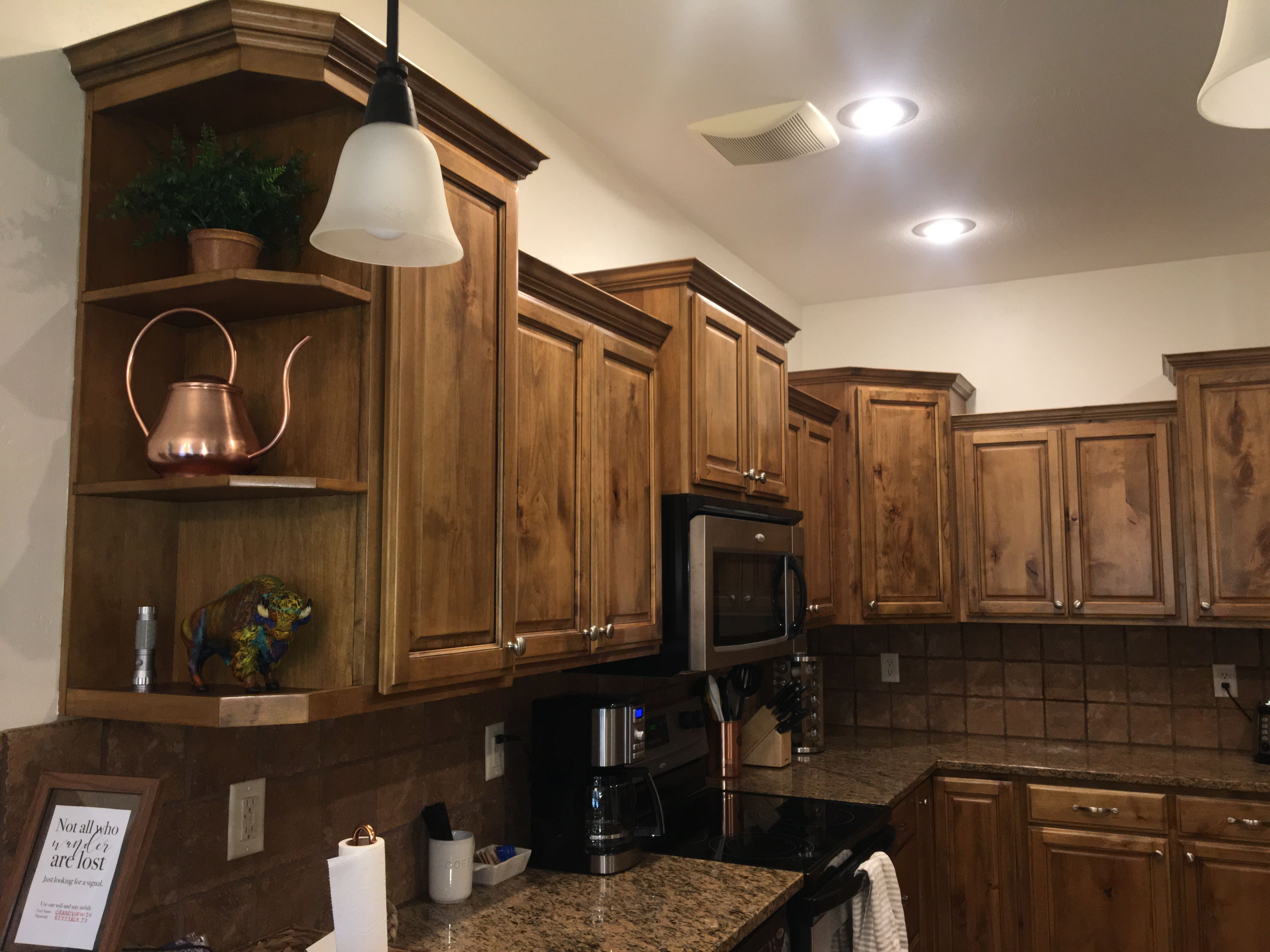 Pin By Becky Littlefield On Decorating In 2020 Decor Kitchen Cabinets Kitchen