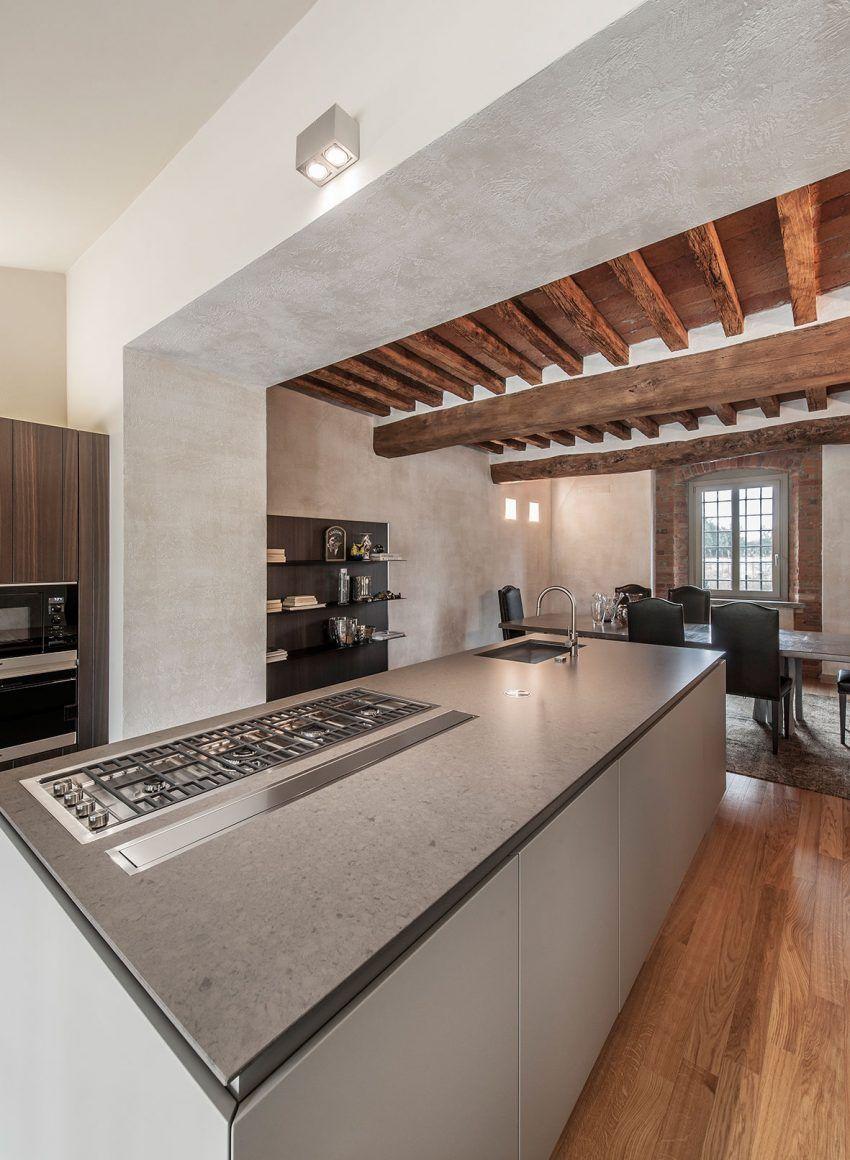 Rustic Meets Contemporary in a Home in Crema, Italy   Rusticas y Cocinas