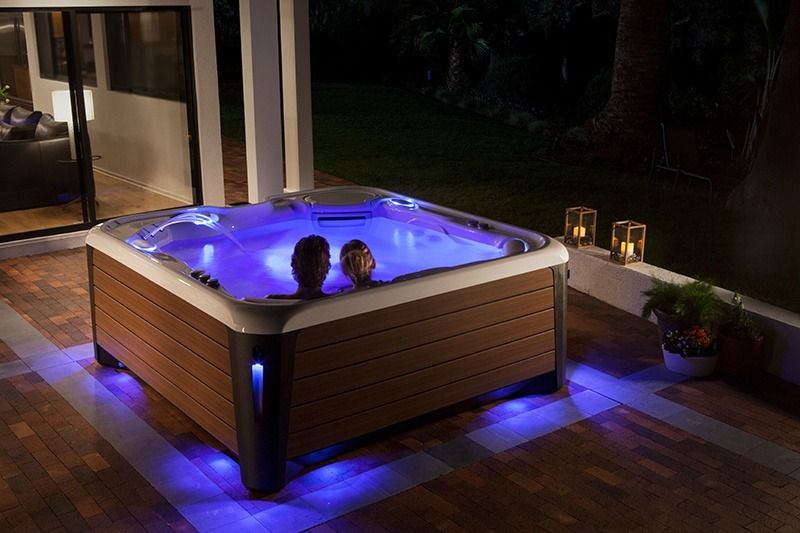 High Tech Hot Tubs What To Expect From Your Technology Hot Spring Spas Hot Tub Hot Tub Outdoor Hot Tub Swim