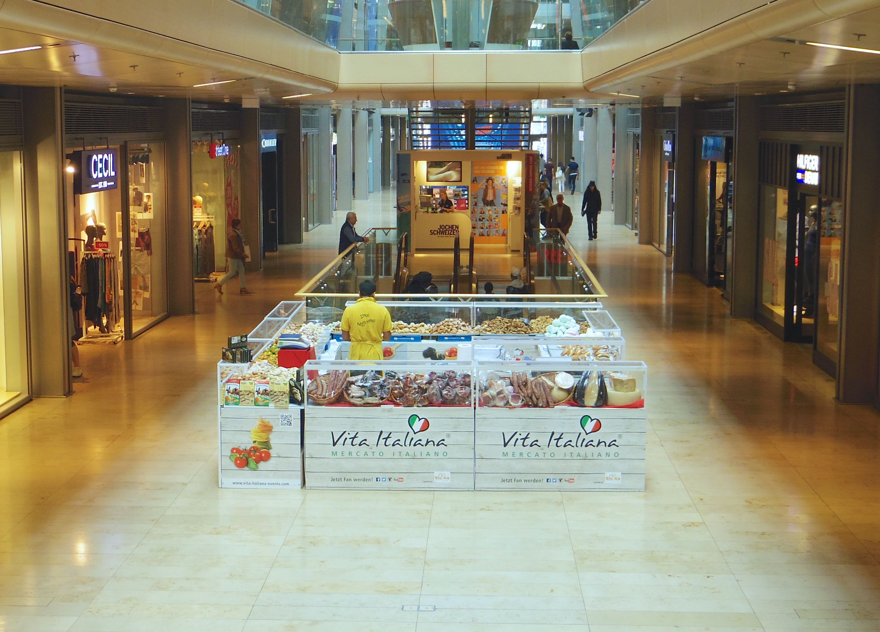 Die Vita Italiana Ausstellung bei uns in der #EuropaPassage #EuropaPassageHamburg #Italien #Hamburg