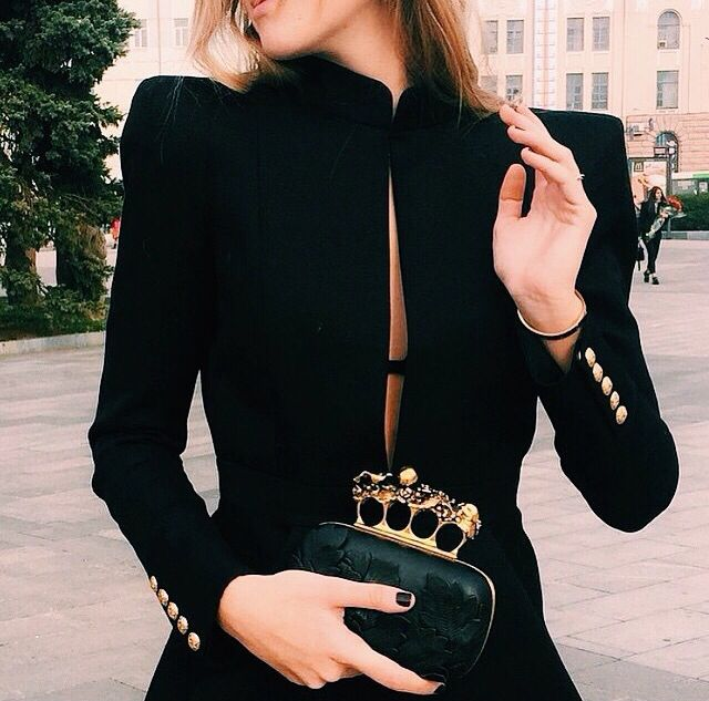 #frontrowmode chic
