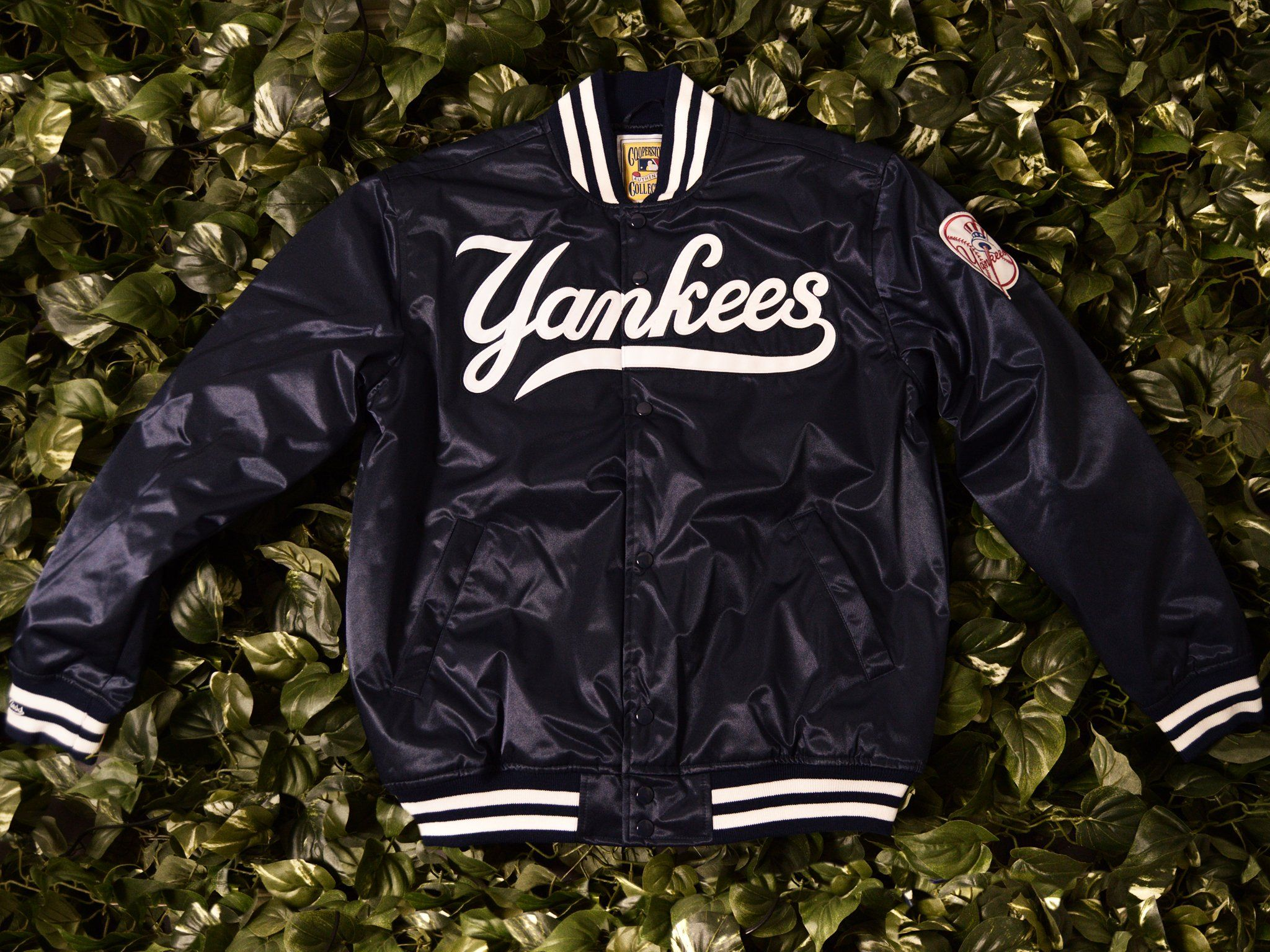 Mitchell Ness Authentic 1999 Yankees Satin Jacket 5542 418 99nyy Satin Jackets Jackets Mitchell Ness