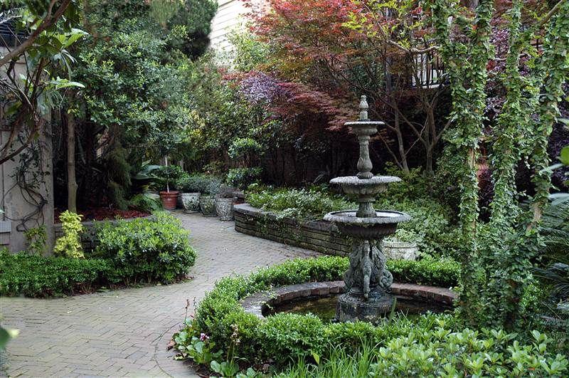 Travel to Europe Charleston gardens, Savannah