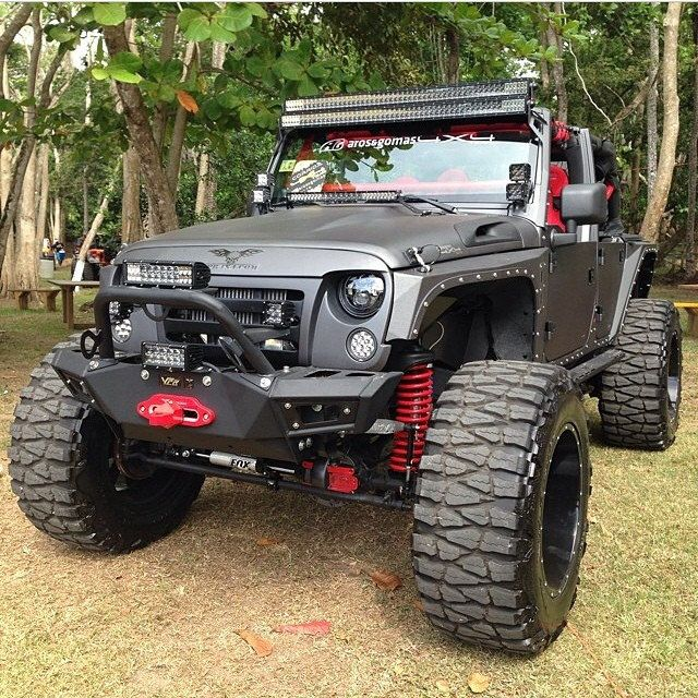 Custom Jeep Wrangler Equip With Vpr4x4 Bumpers Custom Jeep