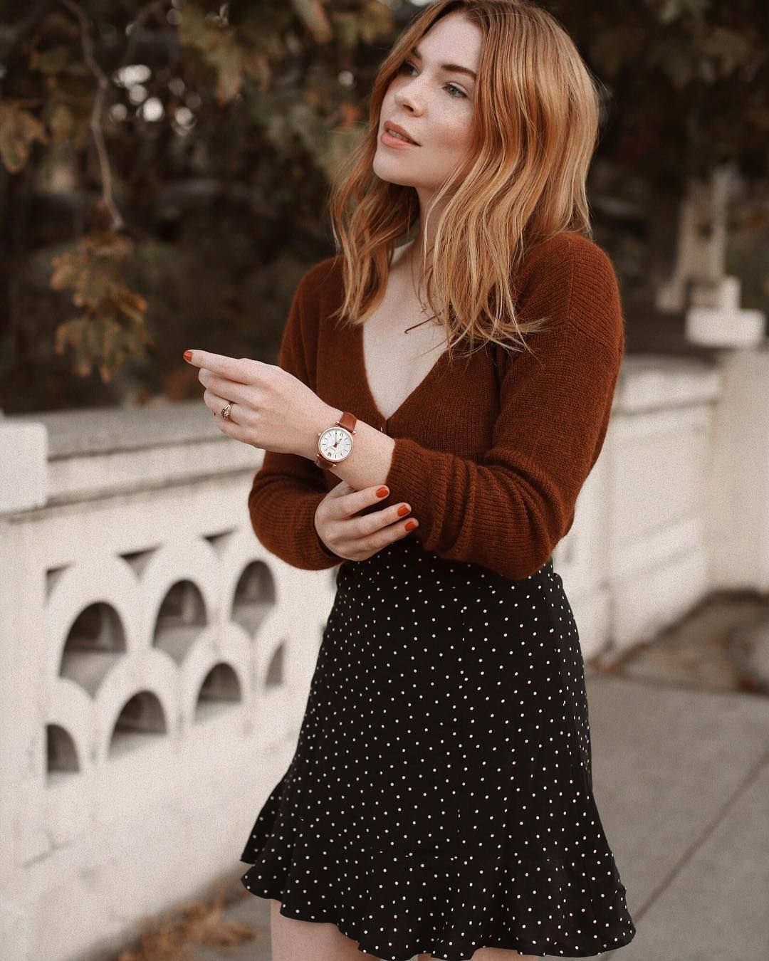 "4d3a9fe29c Courtney Halverson on Instagram: ""October has to be my favorite month of the  whole year - I love getting to style fall looks. 🍂 Adding the final touch  to ..."