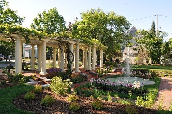 Leigh Yawkey House Museum garden in Wausau an outdoor