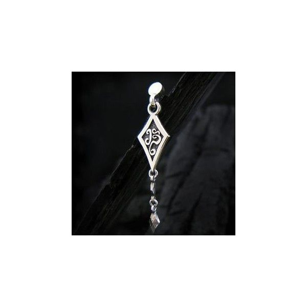 Tinted Sterling Silver Arrowhead Single Earring (50 CAD) ❤ liked on Polyvore featuring jewelry, earrings, accessories, sterling silver jewelry, sterling silver jewellery, earrings jewelry and sterling silver earrings