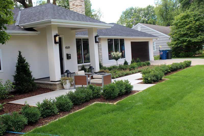 Boxwood Hedge Front Yard Landscaping Edina Forhave 640 x 480
