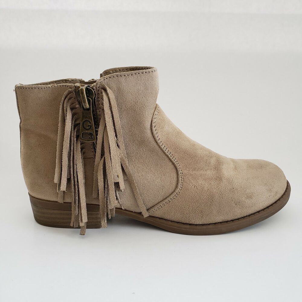 Concession preface Violate  Guess Suede Ankle Boots Fringe Trim Beige Youth Girls Size 5.5 M #GUESS # Boots #Everyday   Suede ankle boots, Girls boots, Girls shoes
