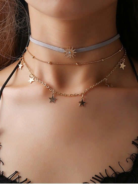 [10% OFF] [POPULAR] 2019 Multilayered Star Pendant Choker Necklace In GOLD | ZAFUL    Item Type: Chokers Collarlace Gender: For Women Material: Rhinestone Metal Type: Alloy Style: Trendy Shape/Pattern: Star Weight: 0.0100kg Package: 1 x Collarlace