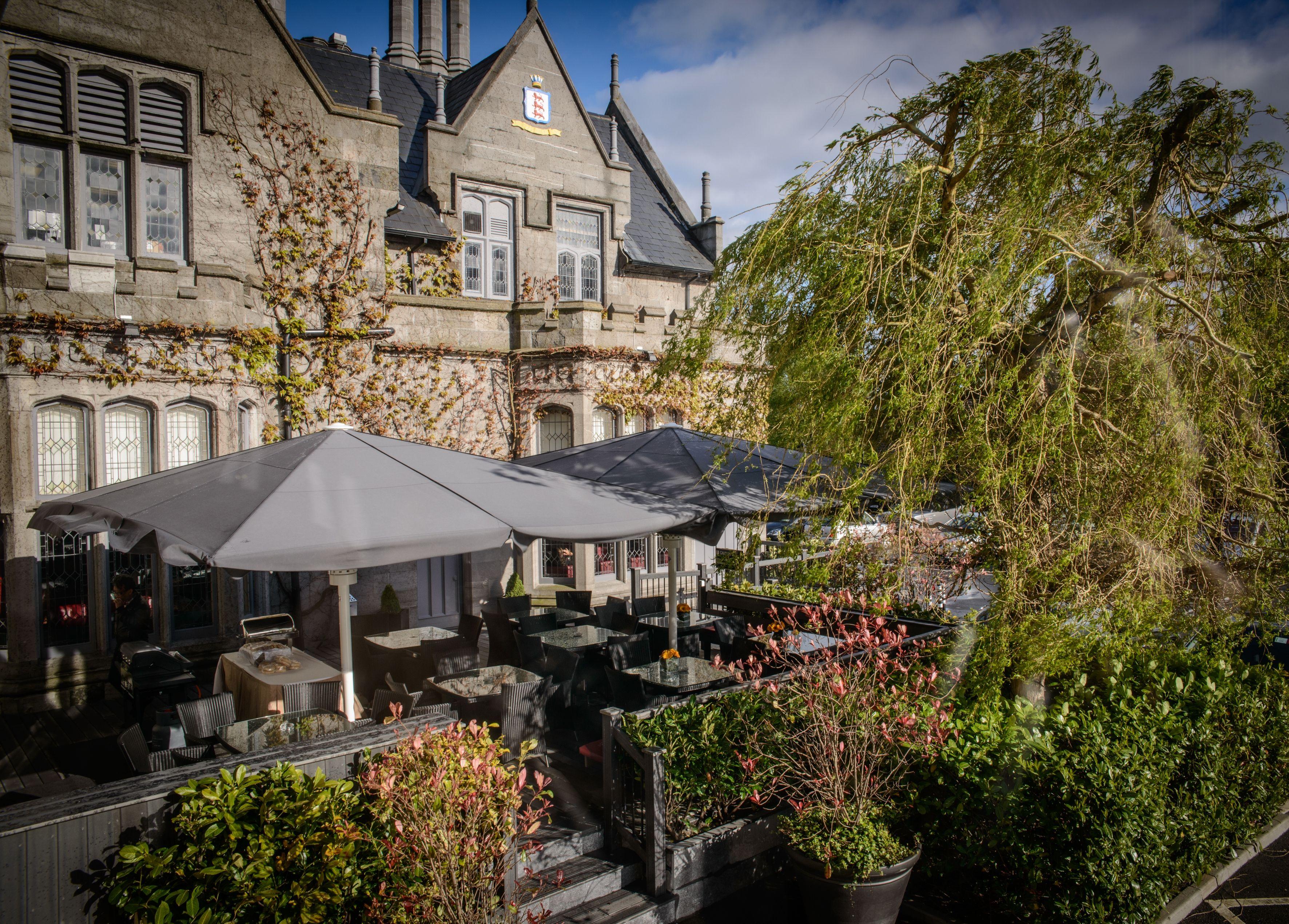Clontarf Castle Hotels outdoor decking area