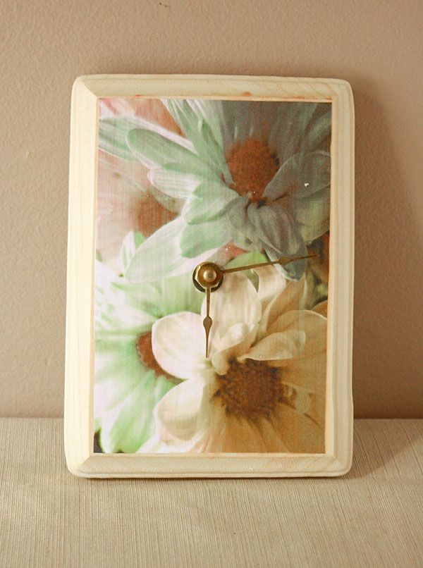 Take your favorite photo or picture and make this great clock - directions from Craftpond