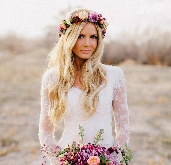 A klasszikus tündérkoszorú - menyasszonyoknak nem érdemes hatalmas virágokból készültet viselni, mert elrontja az összképet.