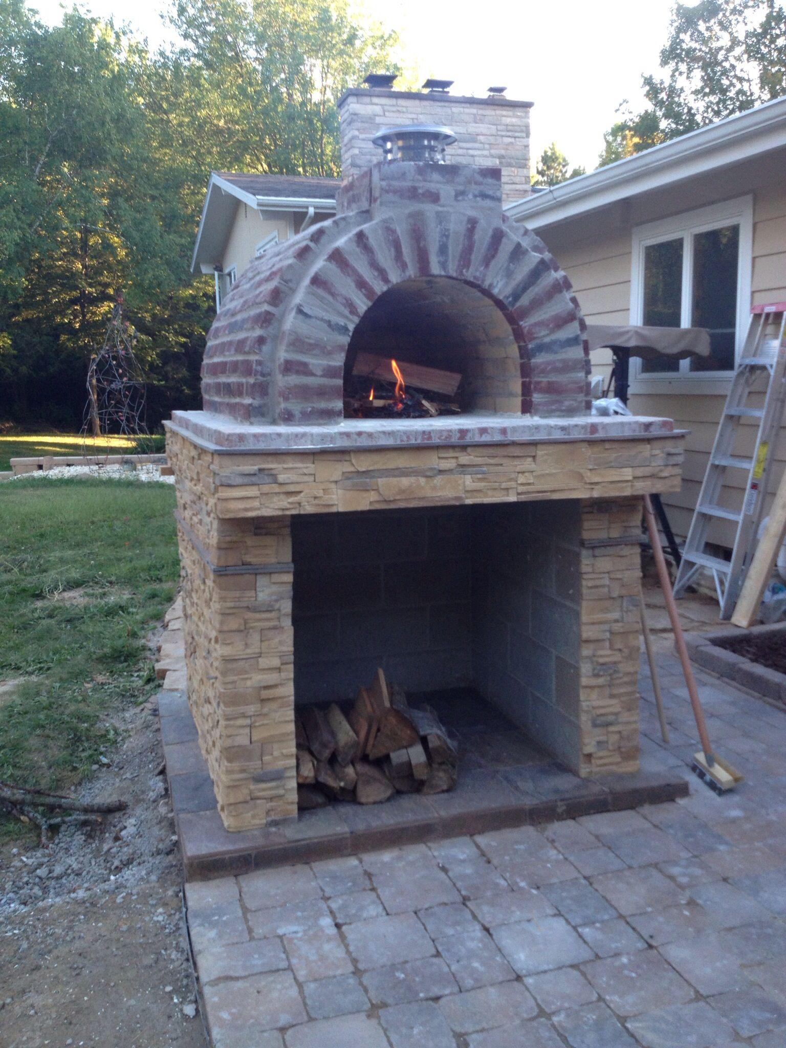 Backyard pizza oven from brickwoodovens.com plans ...