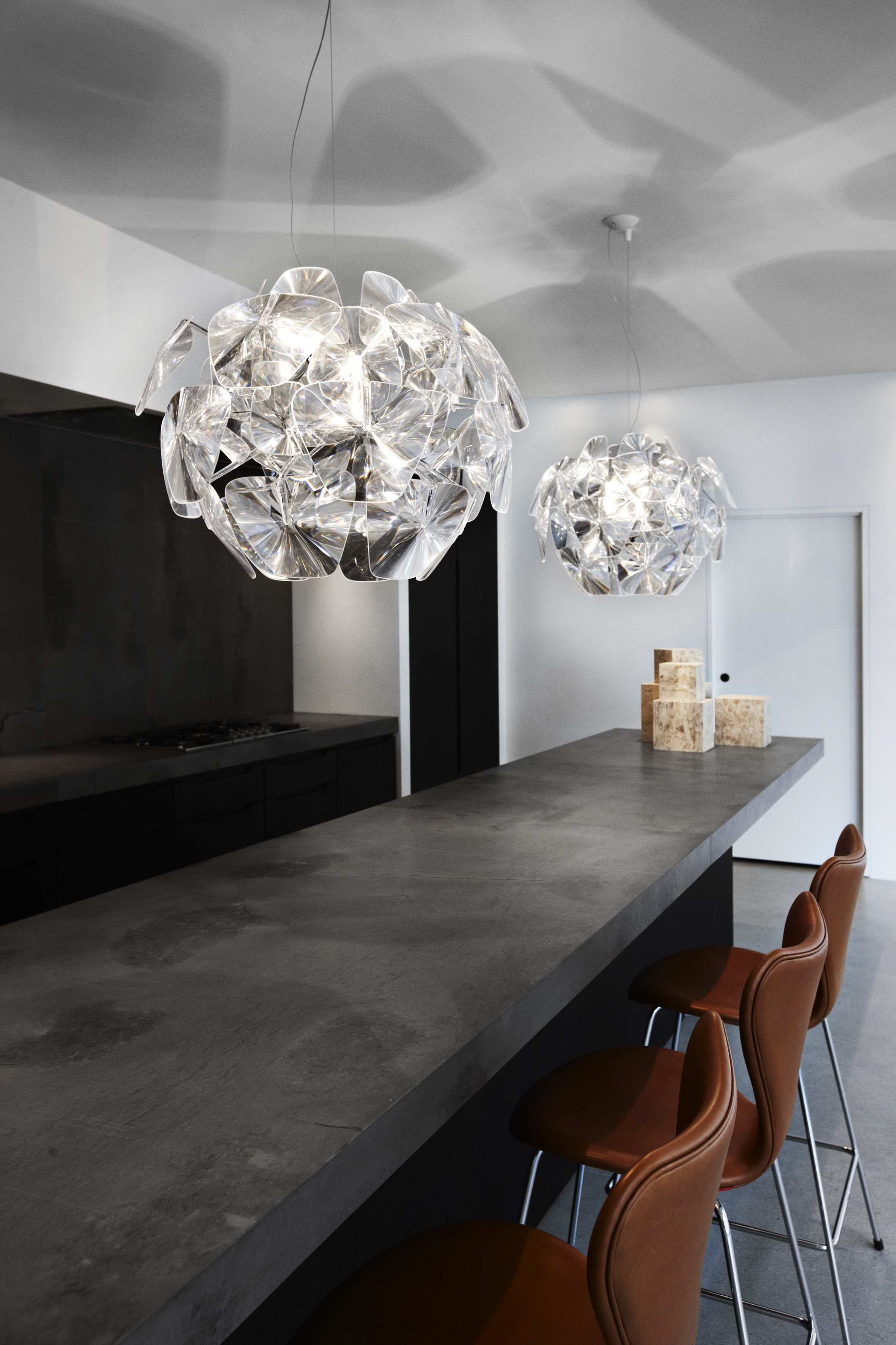 Unusual pendant lamps inspired by medusas digsdigs - The Unique Hope Suspension Lamp Was Designed In 2009 By Paolo Rizzatto And Francisco Gomez Paz For Luceplan A Design Light That Sparkles Like A Brilliant