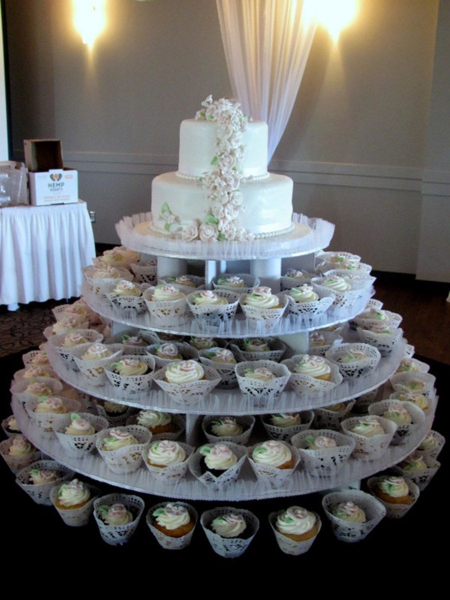 2 Tiered Wedding Cake + Cupcakes + Mini Cakes did all the