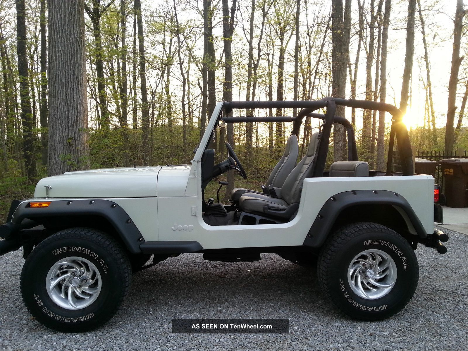 1995 jeep wrangler rio grande sport utility this was her. Black Bedroom Furniture Sets. Home Design Ideas