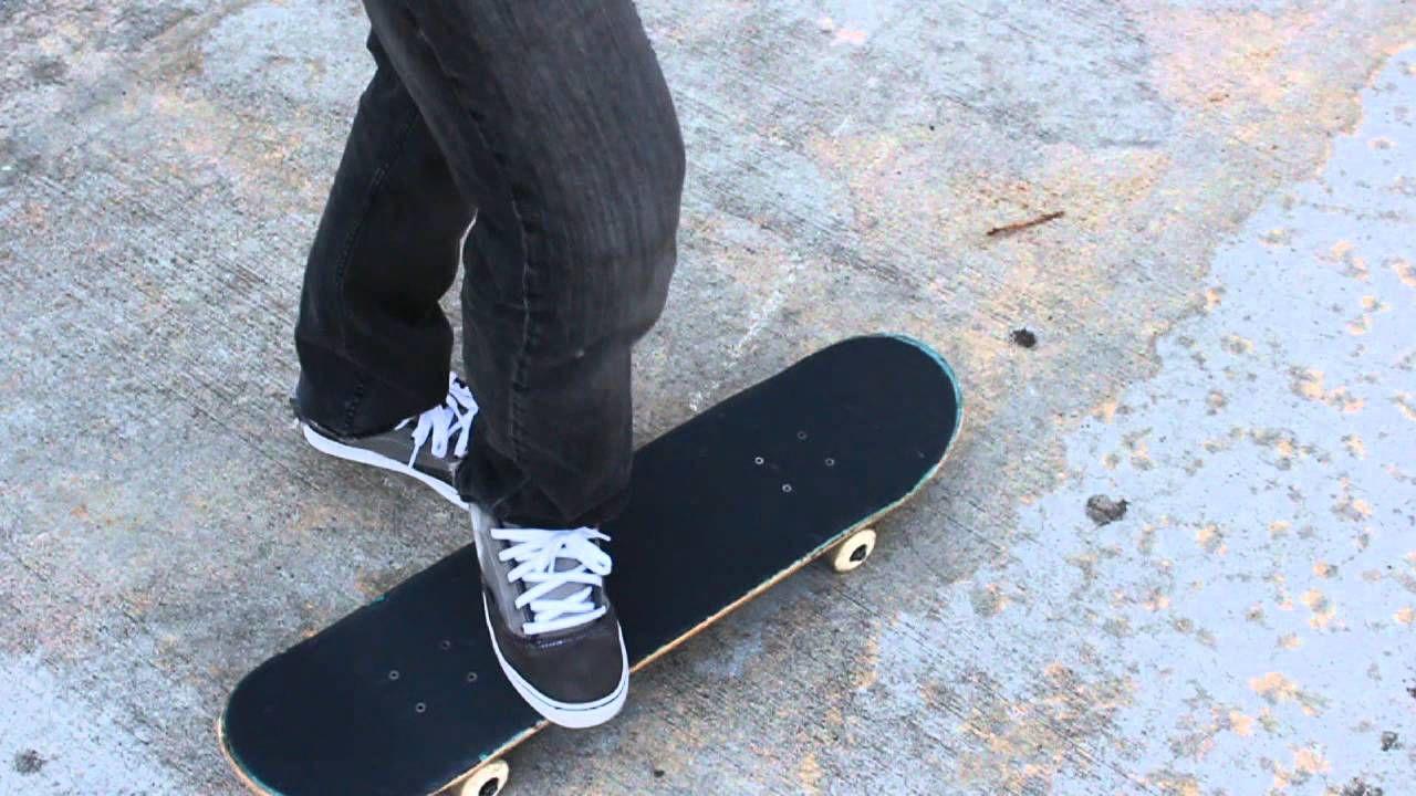 How To Heelflip The Easiest Way Tutorial Skateboard Skateboard Videos Tutorial