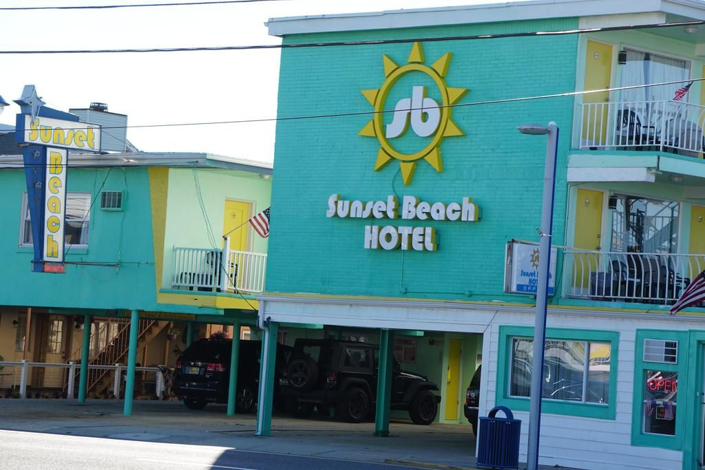 Sunset Beach Hotel Wildwood Nj Booking Com Sunset Beach Hotel Beach Hotels Beach Sunset