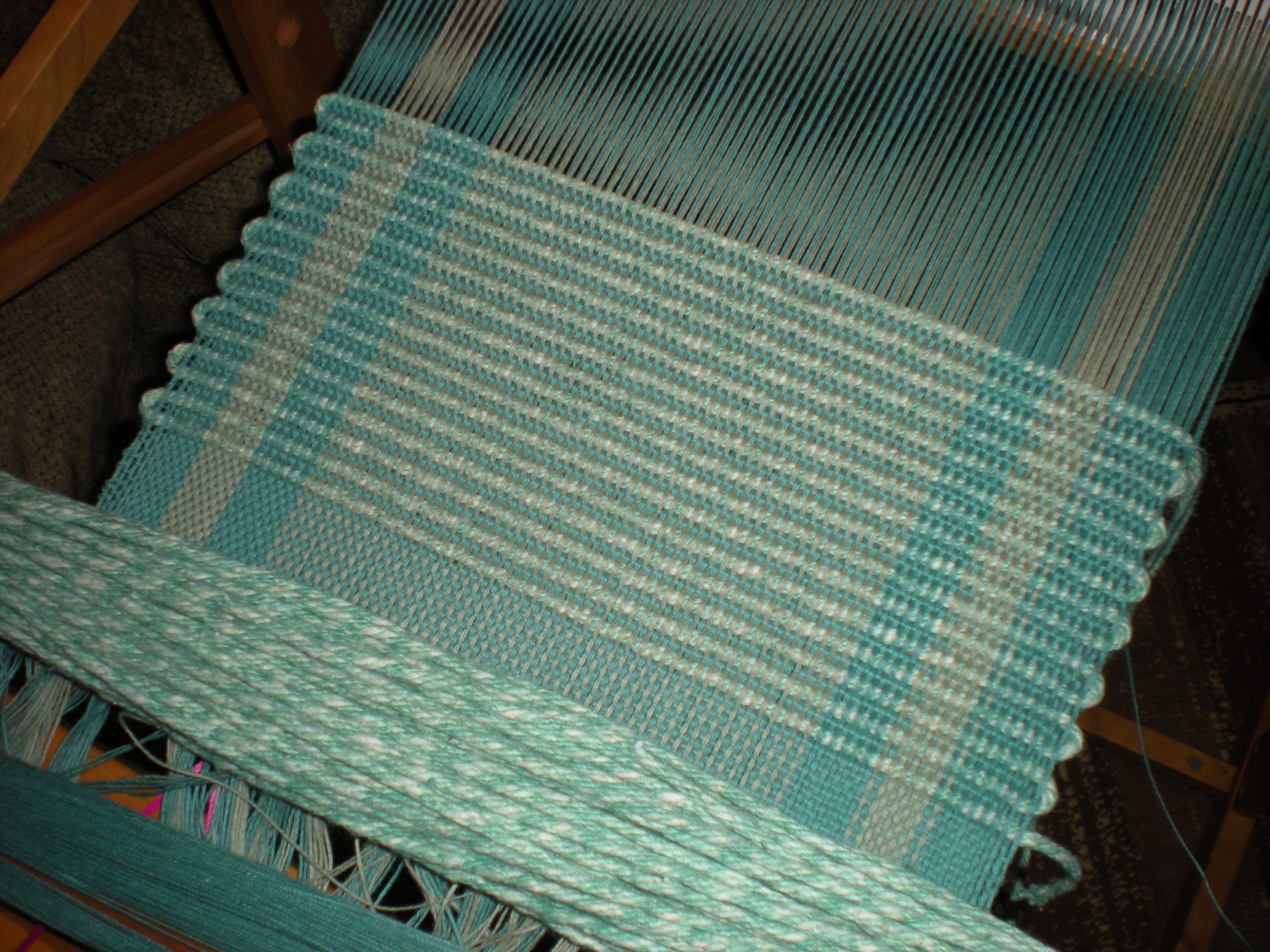 rug loom kit. weaving placemats on my rigid heddle loom rug kit