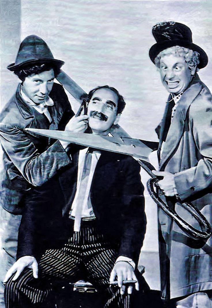 Una pizca de Cine, Música, Historia y Arte: Groucho Marx y la corrupción