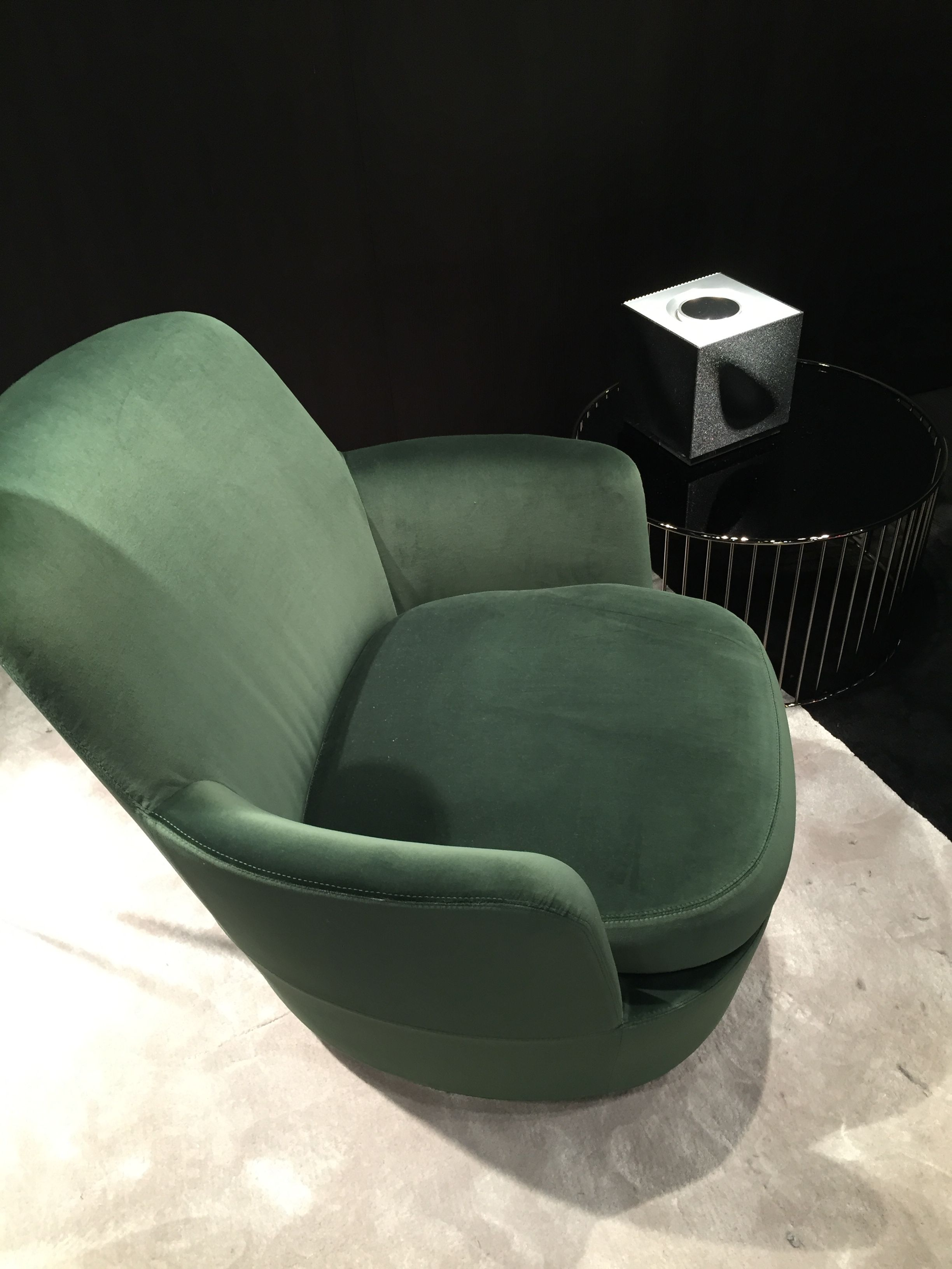 Find This Pin And More On Minotti Concept Store Noort