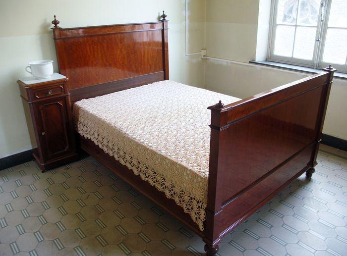 houten bed - Google zoeken