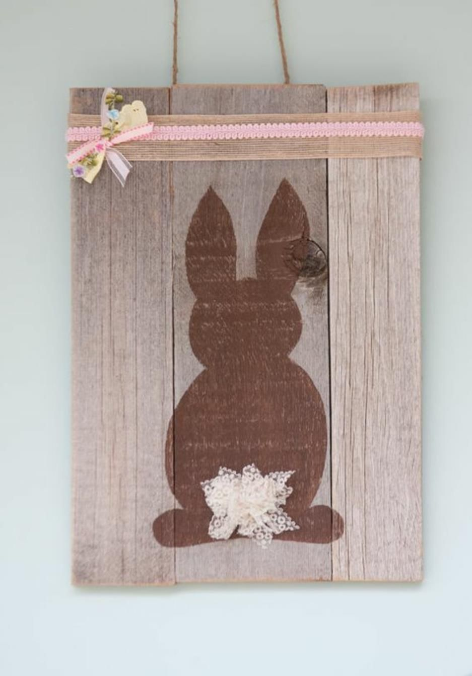 37 Diy Wooden Easter Decorations For The Outside In 2020 Easter Wood Signs Wooden Easter Decorations Easter Bunny Decorations