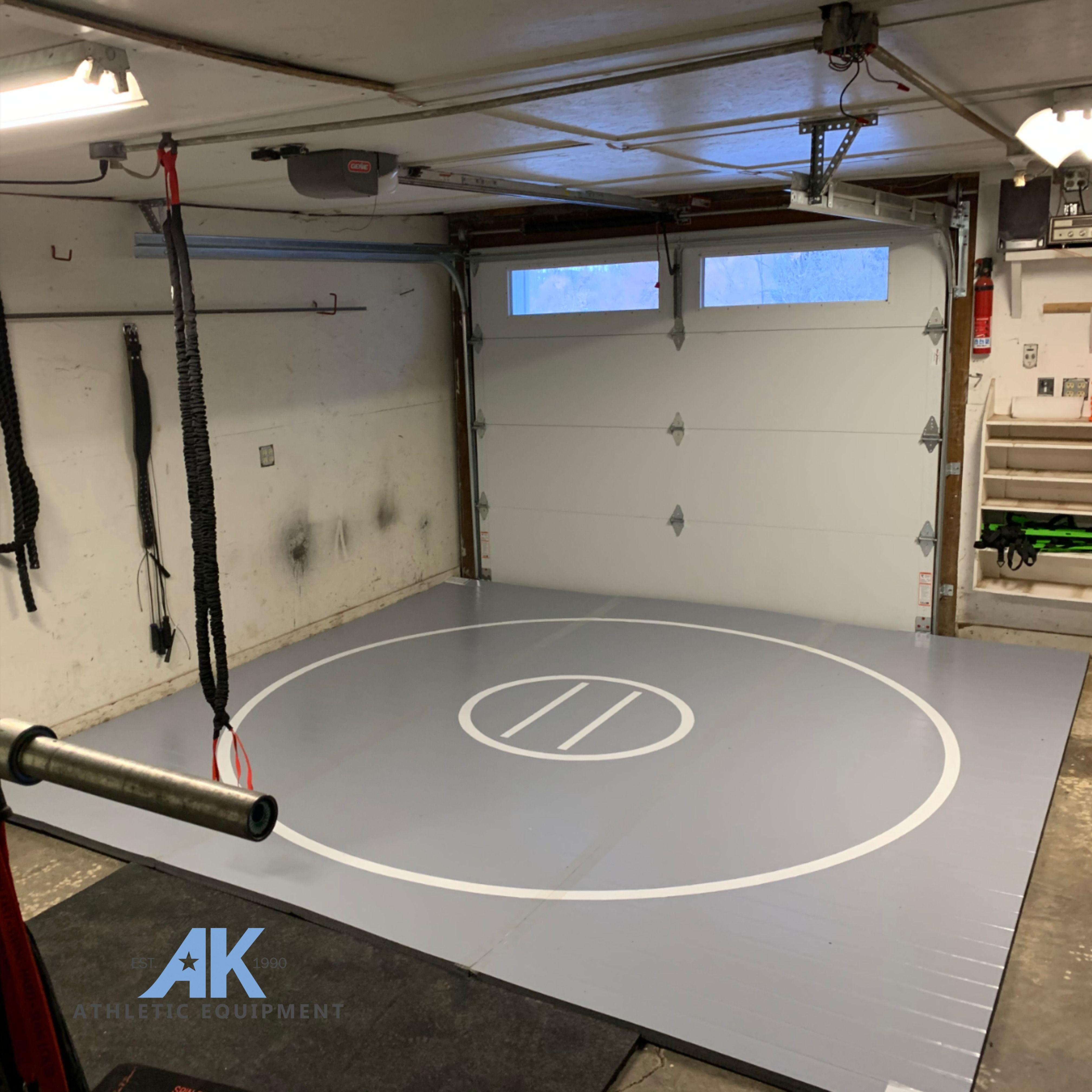 12 X 12 X 1 3 8 Roll Up Wrestling Mat In 2020 Garage Gym Mma Gym Jiu Jitsu Mats