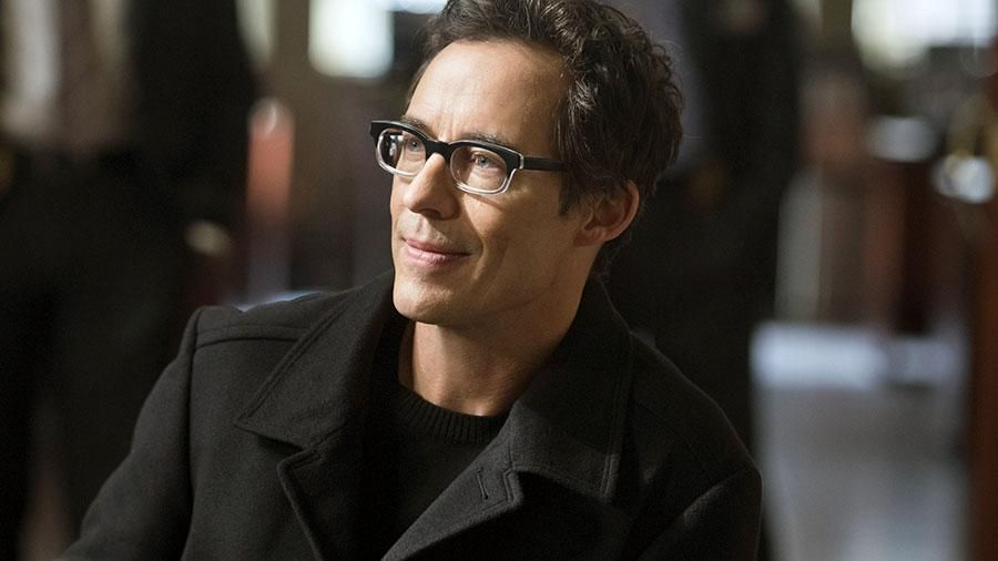 Harrison Wells ReverseFlash Will Blow Your Mind TheFlash CW