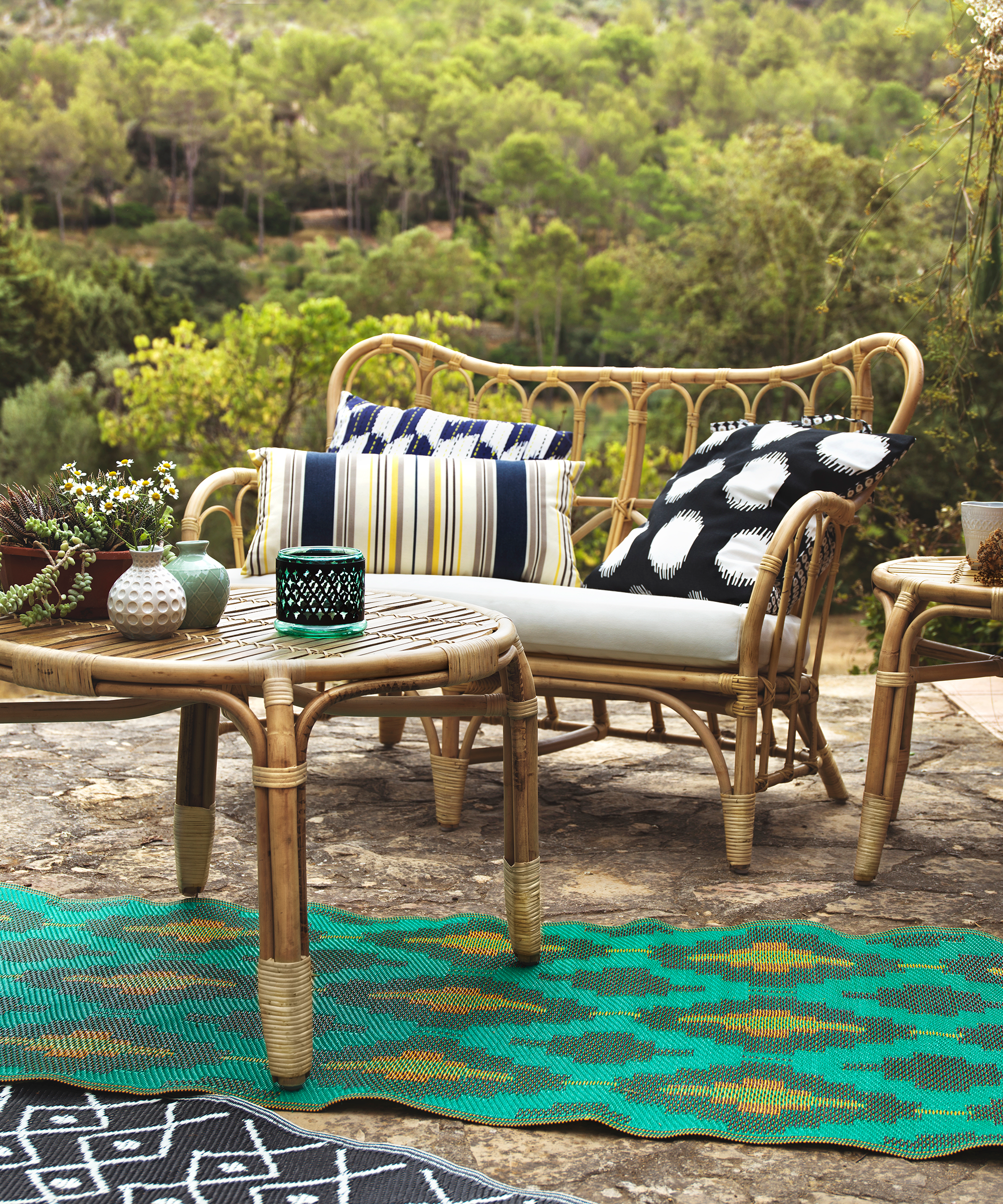 Ikea S Wide Selection Of Outdoor Accessories Balcony Furniture And Patio Looks For Any Size E
