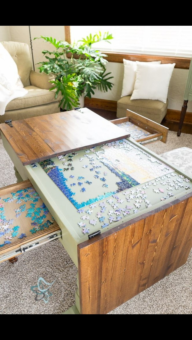 Attirant Puzzle Hideaway Coffee Table
