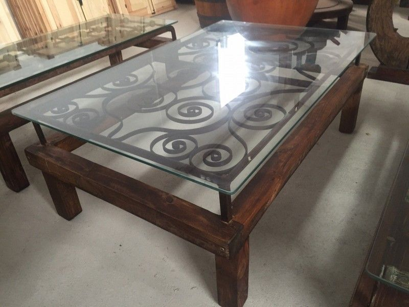 Mesas de comedor de madera antiguas feliz pas de amrica for Mesas hechas con puertas antiguas