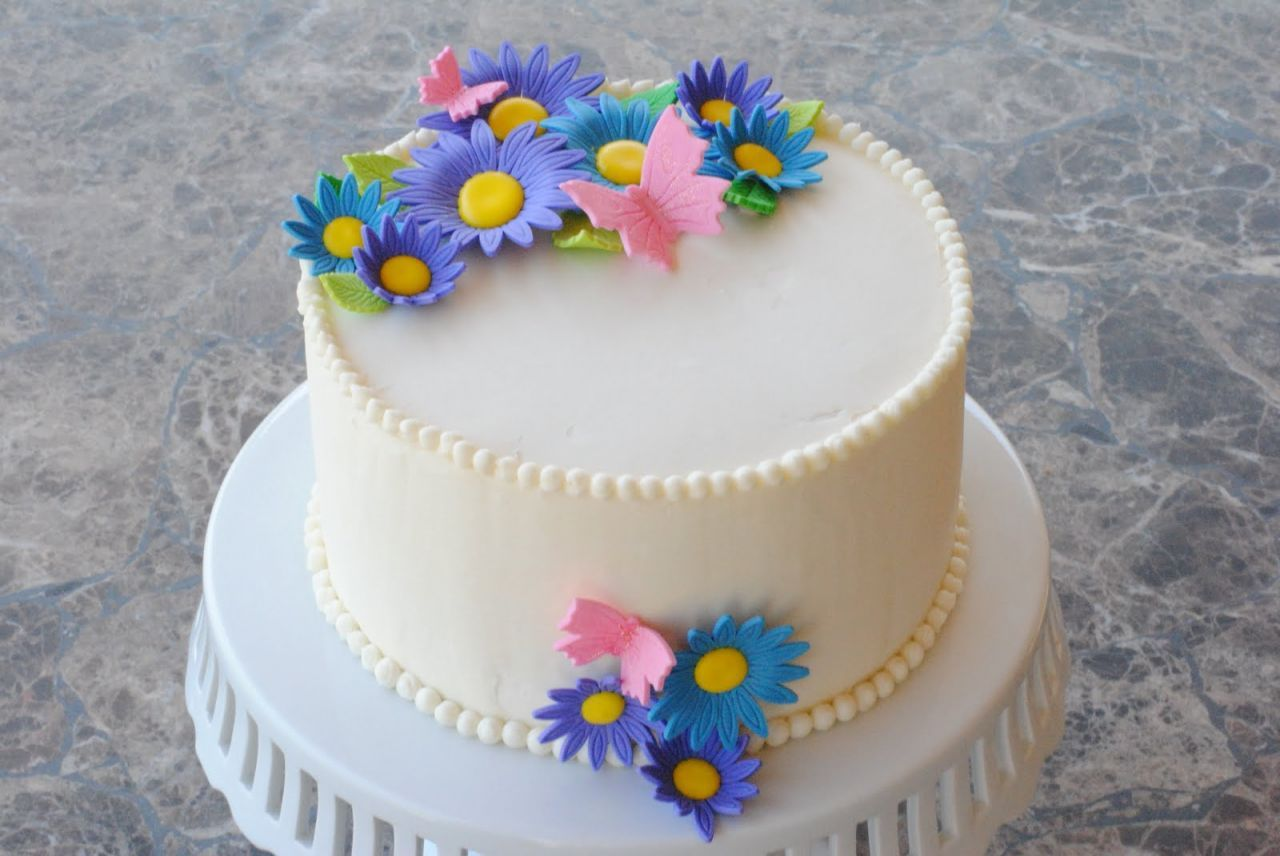 Simple Birthday Cake Designs | beautiful cakes,mini cakes & merigues ...