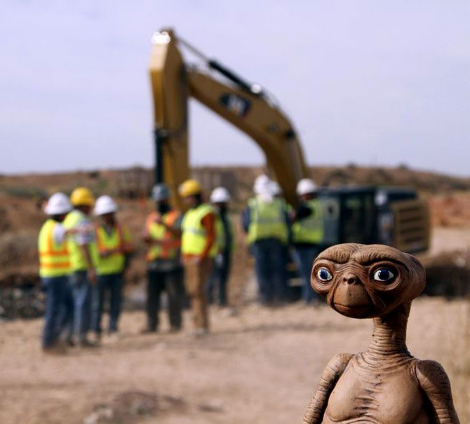 Conspiracy theorists question the good condition of Atari detritus excavated from the Alamogordo landfill