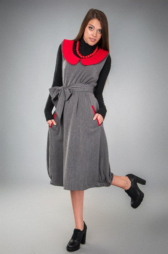 Wool dress sundress ,comfortable,warm and versatile.Dress with a contrasting Peter pan collar ,two side pockets ,wide waistband for more