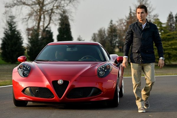 Social NetWall - Jorge Lorenzo is the exceptional 'Alfa Romeo Fan' of the year