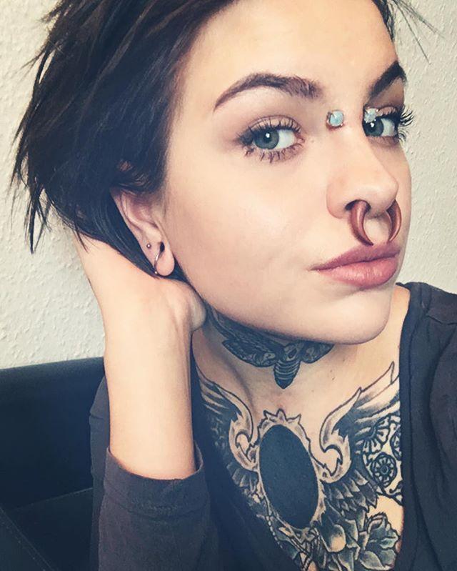 a28ea452a Septum Piercings, Facial Piercings, Peircings, Great Tattoos, Sexy Tattoos,  Beautiful Tattoos
