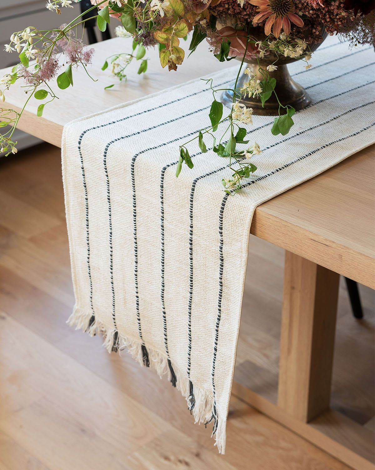 Amelia Table Runner In 2021 Farmhouse Table Runners Boho Table Runner Modern Table Runners [ 1504 x 1200 Pixel ]