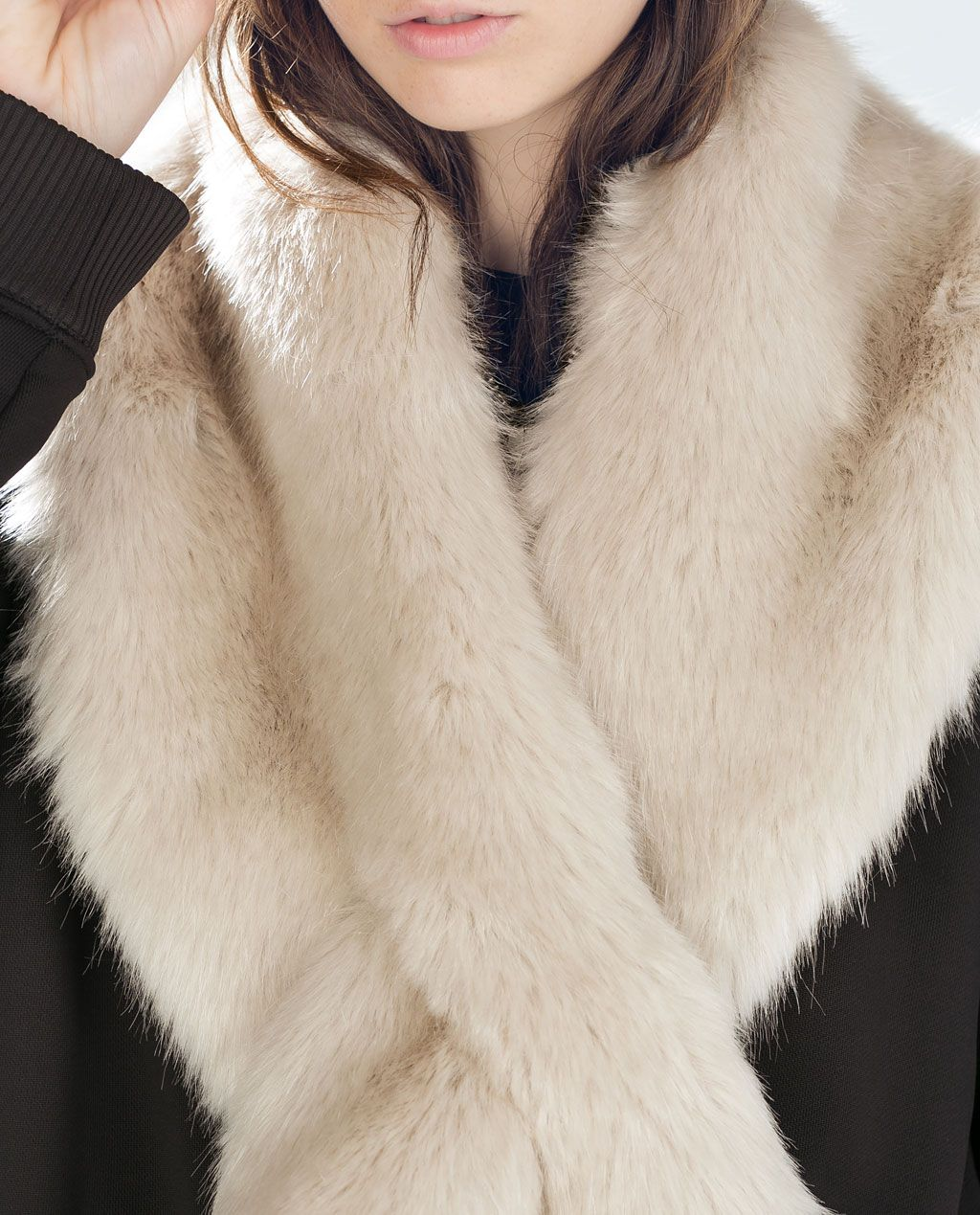 tan baratas Nueva York precio al por mayor Image 4 of FUR WRAPAROUND STOLE from Zara | Women's Style ...
