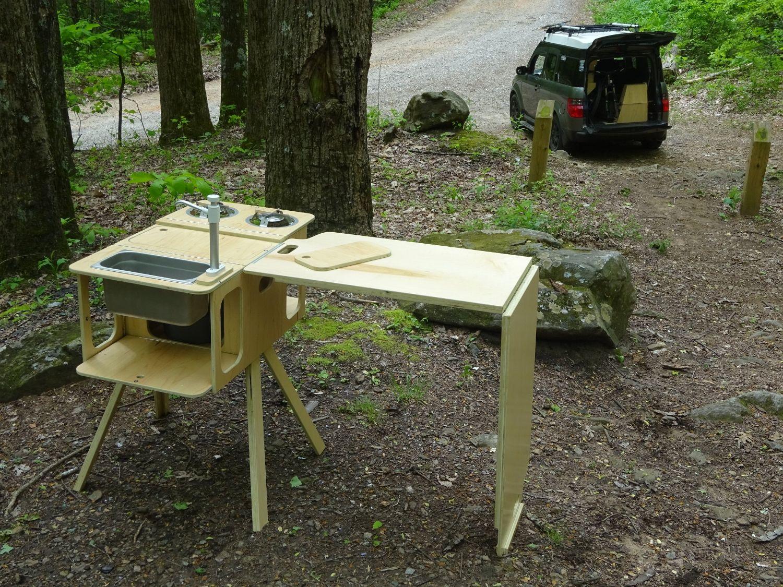 Camp kitchen & sideboard