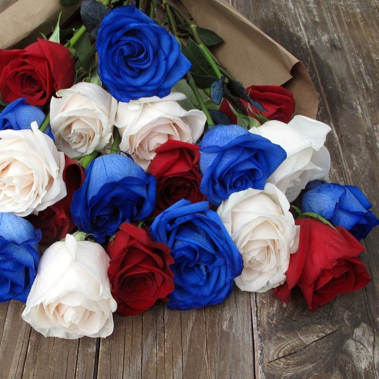 A Red, White & Blue Bouquet + A DIY Vintage Americana Wedding | Rose ...