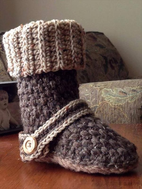 10 DIY Free Patterns for Crochet Slipper Boots | Zapatos tejidos ...