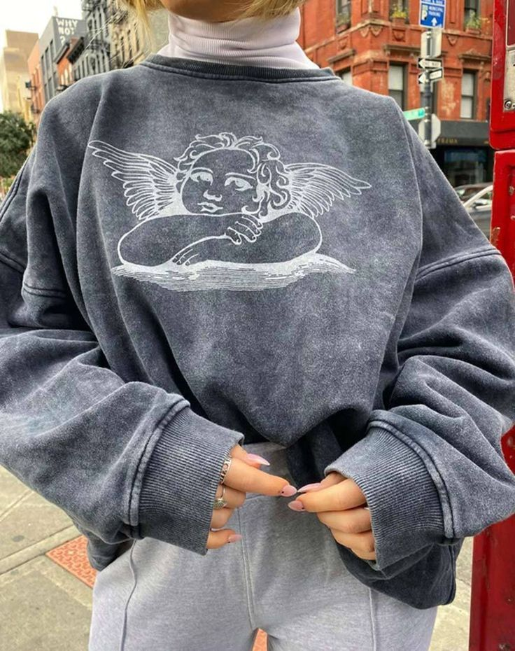 Glo Sweatshirt in Stone Wash Angelo