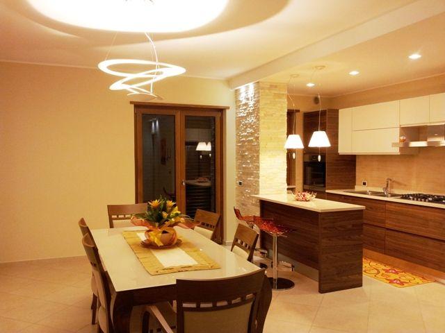 Sala da pranzo dining room esempio di illuminazione per una