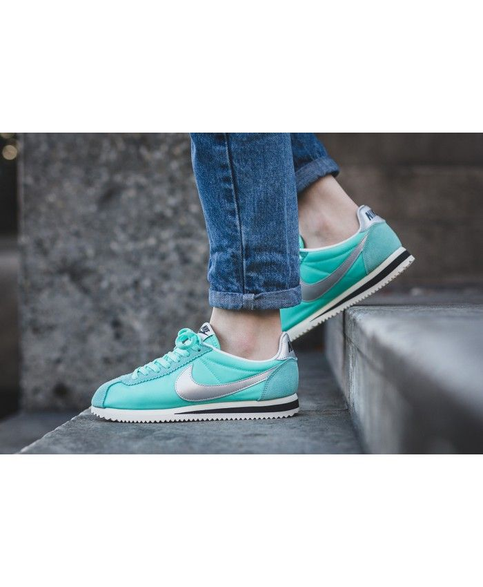 100% authentic c9bcc daa62 Femme Nike Cortez Nylon Premium Tropical Twist Métallique Argent
