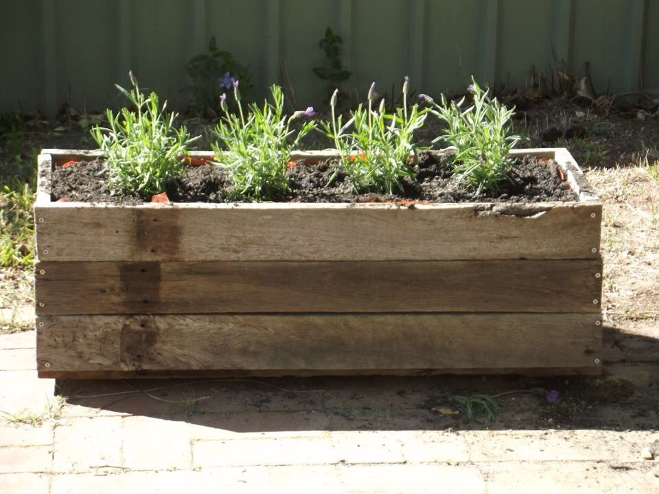 Planter Box Made From Fence Palings Rethink Reuse